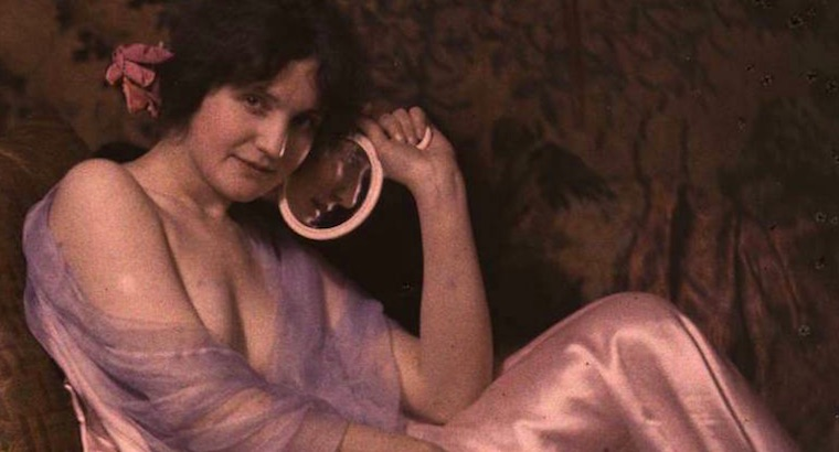Gorgeous color Autochromes of American women from over 100 years ago