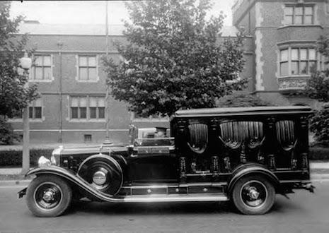 Cadillac half-coach hearse, 1930