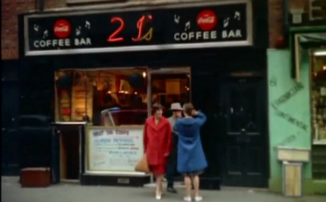2-is_coffee_house_london_1959