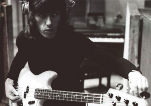 BASS IN YOUR FACE: Isolated bass parts of Sonic Youth, Rolling Stones, The Police, Rick James & more