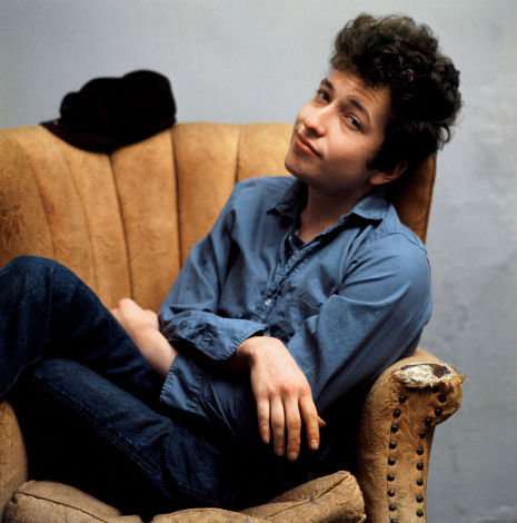 bob_dylan_chair_hat