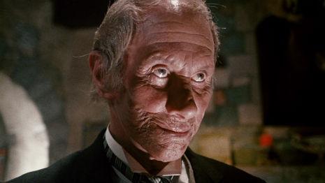 Reggie Nalder as Van Helsing