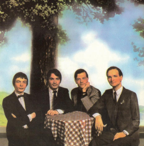 kraftwerk_under_a_tree