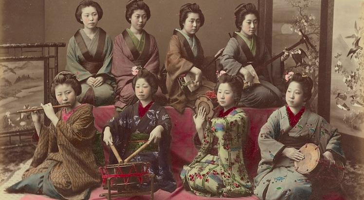 Beautiful hand-colored photographs of Japanese women in the late 19th-century