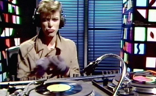 'I am a DJ': David Bowie spins his favorite records at the BBC, 1979