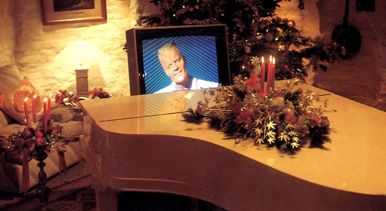 Have a M-M-Merry Max Headroom Christmas