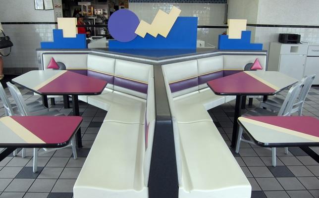 Retro wonderland: exploring the postmodern aesthetics of '90s Taco Bell interior design