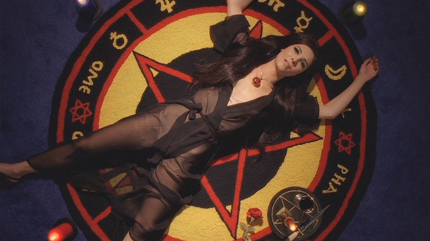 'The Love Witch': Sex magick meets pussy power in occult movie mindbender