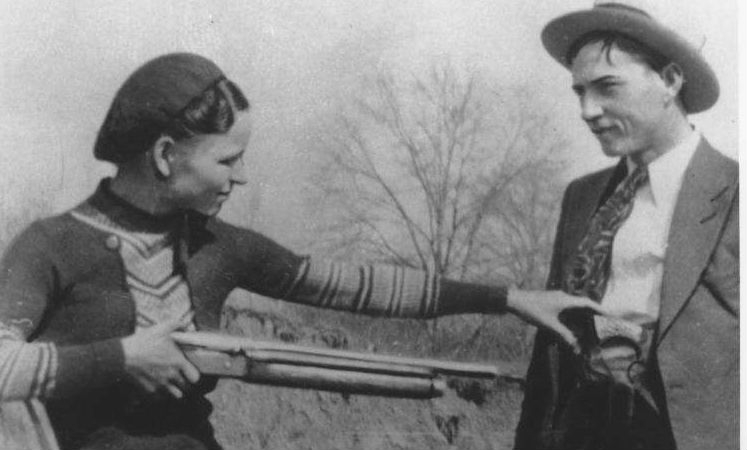 Take the money and run: Photos of the real life Bonnie & Clyde