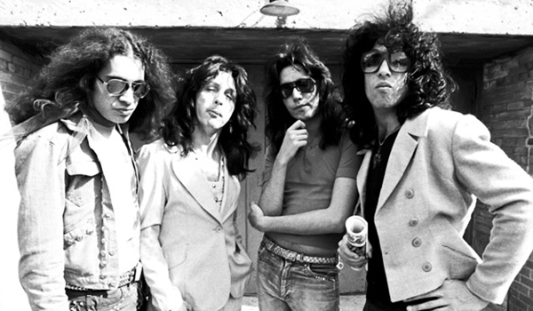 KISS, without makeup, play Ace Frehley's wedding reception in 1976