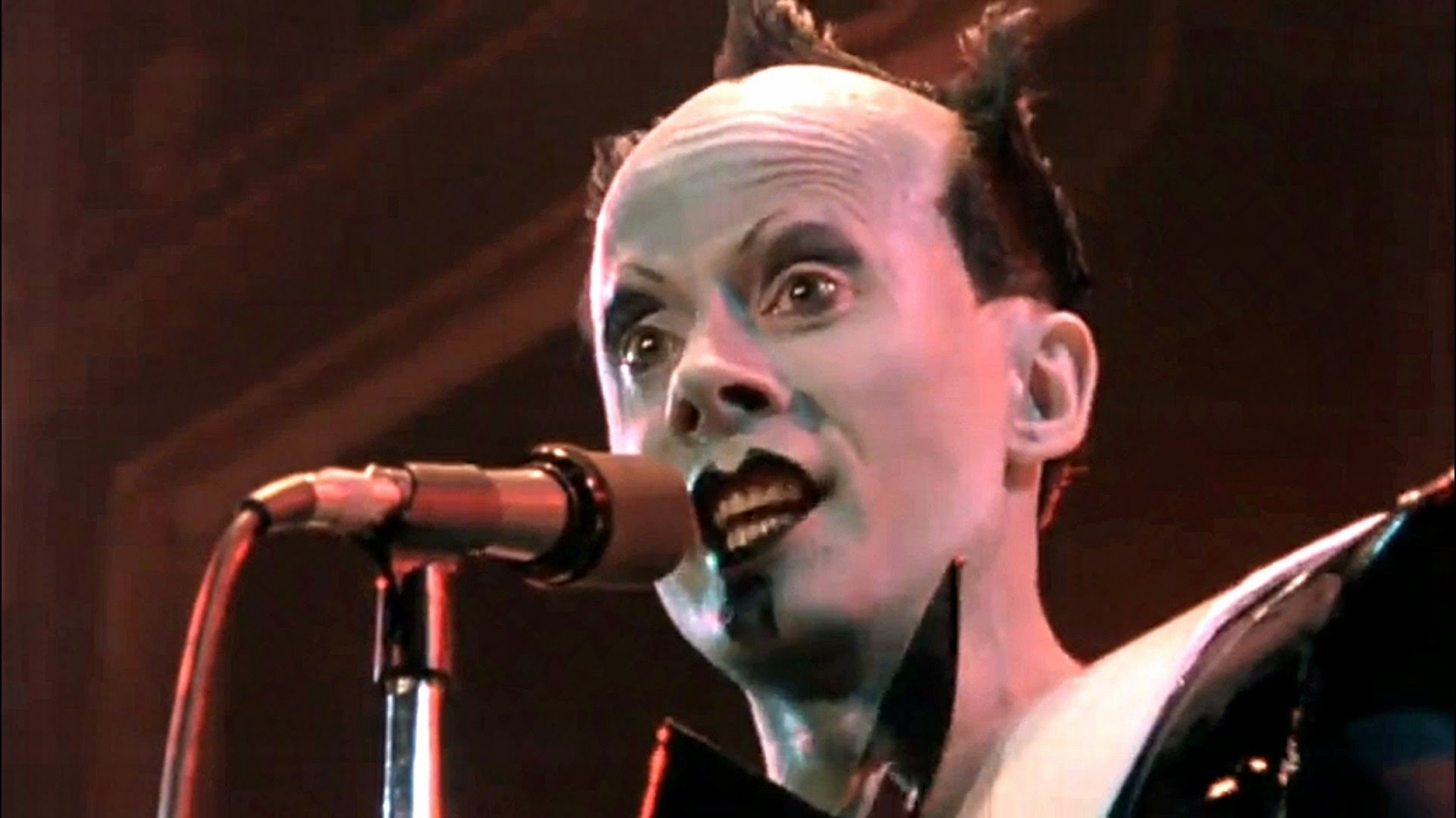 Here's the Klaus Nomi karaoke you'll be needing for your Eclipse Party