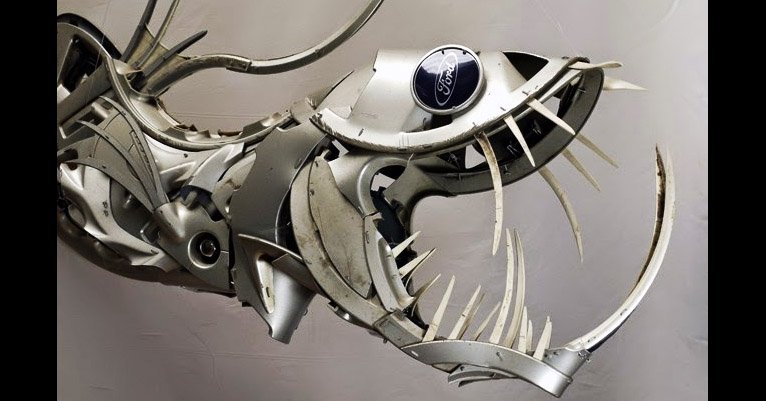 Sharks, stingrays, snakes & other nasty beasts, all made from hubcaps