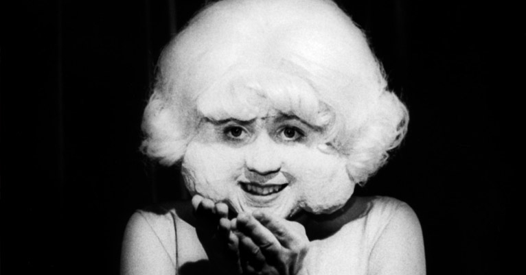 'In Heaven': The Lady in the Radiator from 'Eraserhead' live in concert