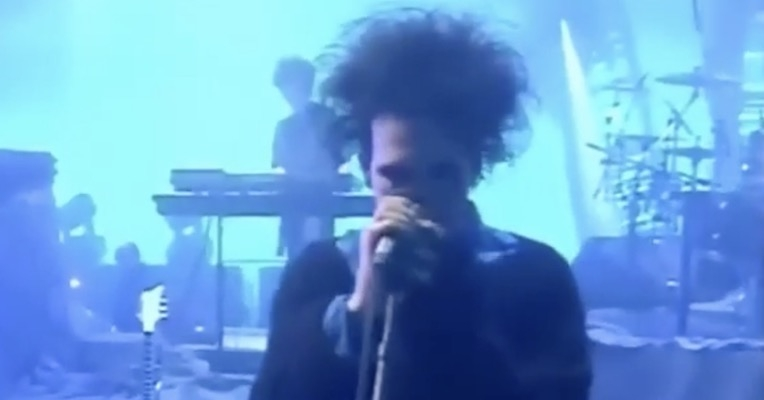 Intimate footage of the Cure rehearsing for the Prayer Tour, 1989