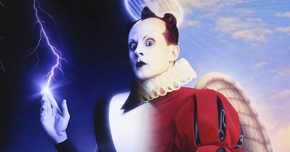 Nomi Noël: get your holiday jollies with 'Santa Klaus Nomi'