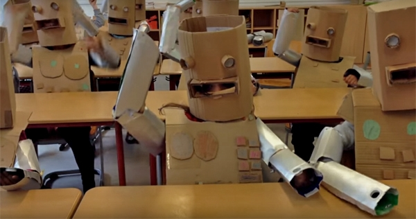 'We are the Robots': German elementary school kids do Kraftwerk