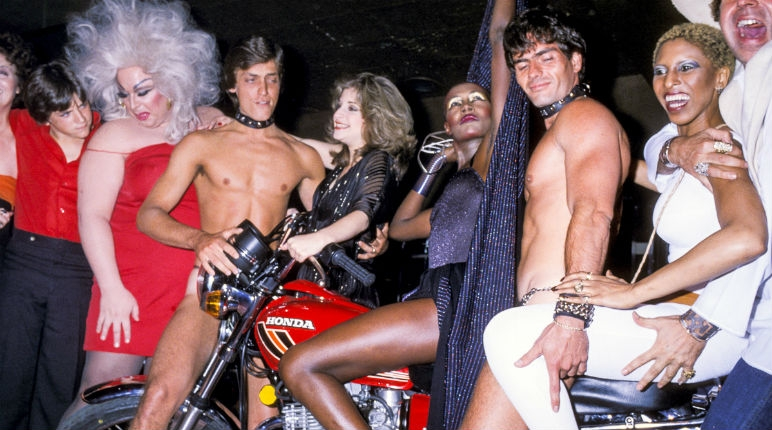 Wickedly-fun photos of Grace Jones' 30th birthday bash, 1978