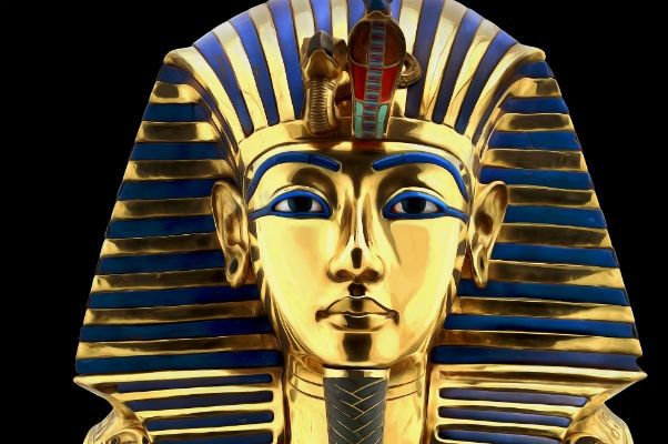 Dangerous Finds: King Tut's boner; Paranoid Republican wingnuts; EVERY Tarantino reference explained