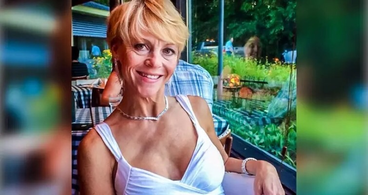 Republican politician fatally shoots herself in the eye adjusting her bra holster