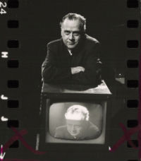 Marshall McLuhan on the dangers of television and the rise of the one-liner