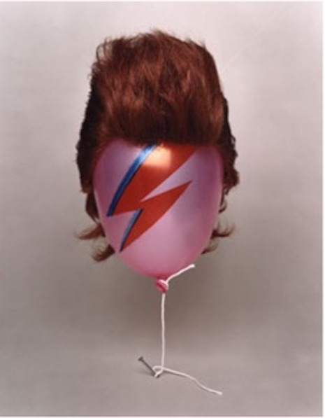 Aladdin Sane balloon with wig