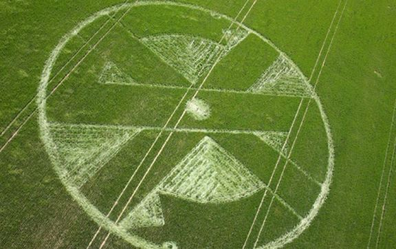 Pranksters make a Crass logo crop circle, oblivious 'astronomologer' attempts to interpret it