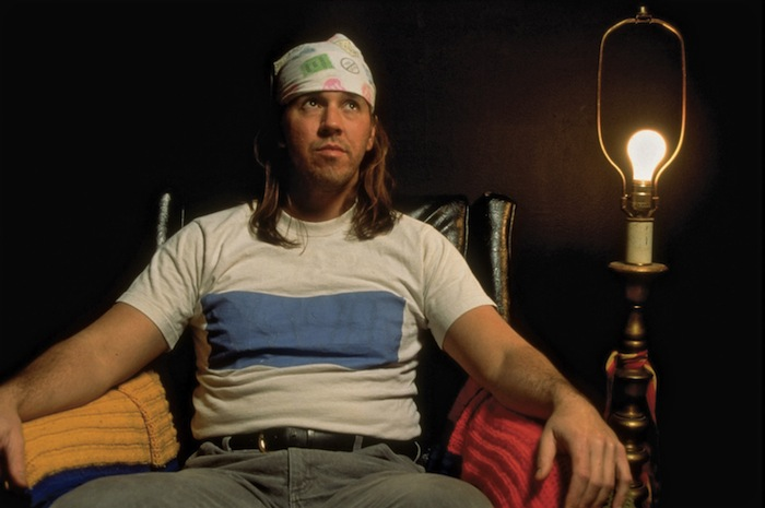 David Foster Wallace subscribes to magazine, redesigns subscription card, 2003