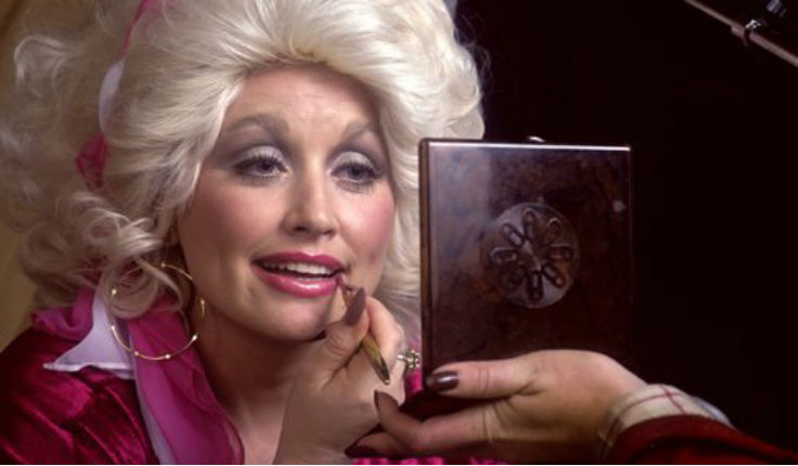 Dolly Parton talks about growing up poor, 1978