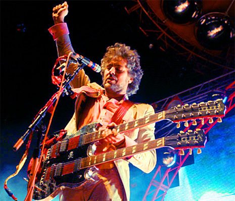 Wayne Coyne double neck