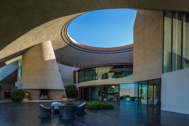Bob Hope's space-age home on the market for $50 million