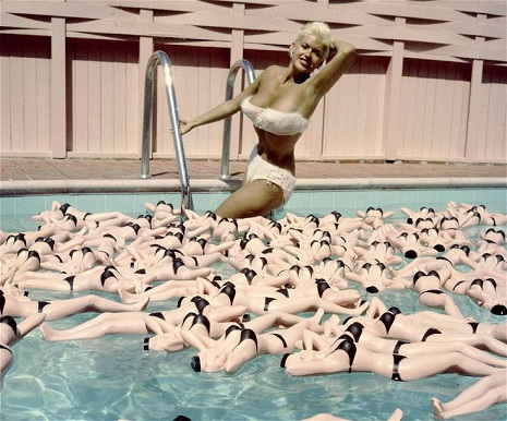 The Pink Palace: Jayne Mansfield's mansion makes Barbie's Dream House look austere