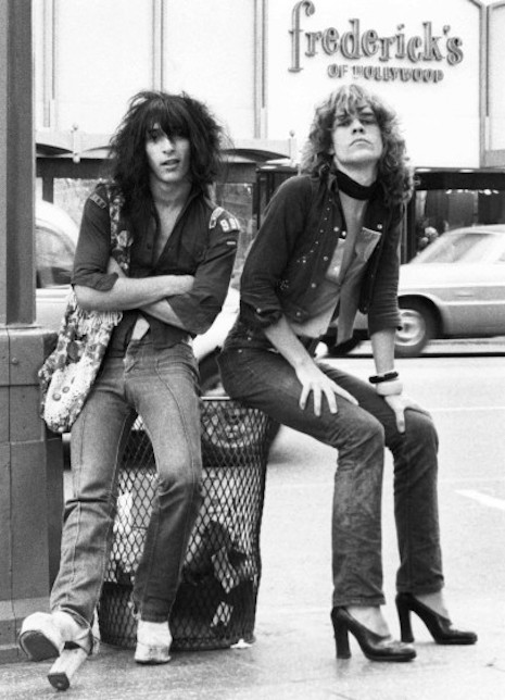 Johnny Thunders and David Johansen of the New York Dolls, 1973