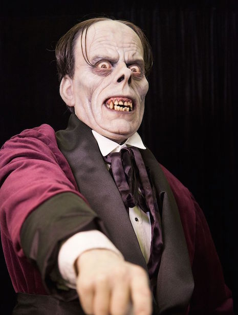ScLife-sized sulpture of Lon Chaney as the Phantom of the Opera (1935)