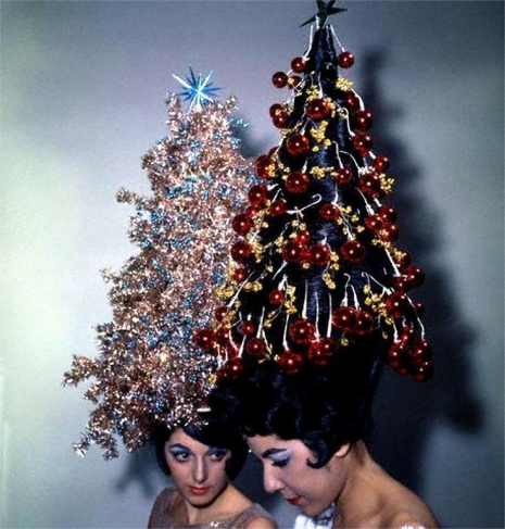 Christmas Kitsch Festive Chicks With Tricked Out Christmas Tree Hats Hairdos Dangerous Minds