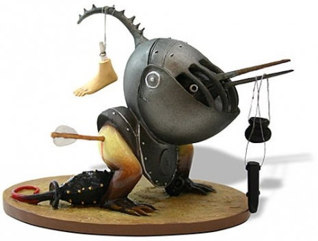Collectable Hieronymous Bosch Figurines Artes & contextos 41vqPnvtiVL 465 352 int