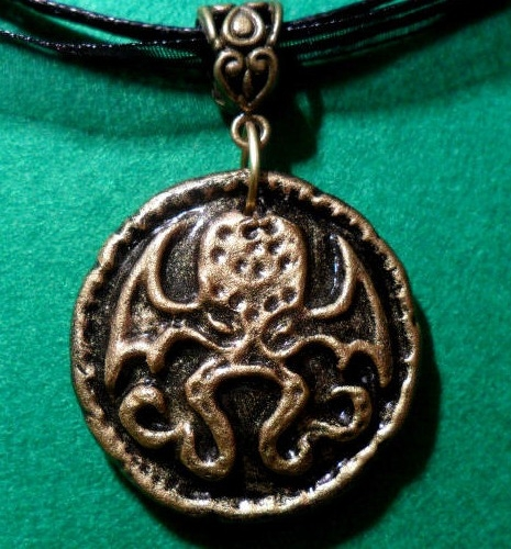 cthulhu medallion necklace