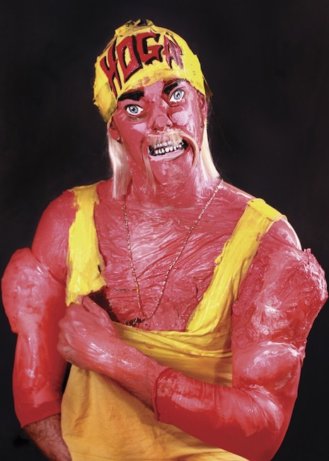 Hulk Hogan living sculpture
