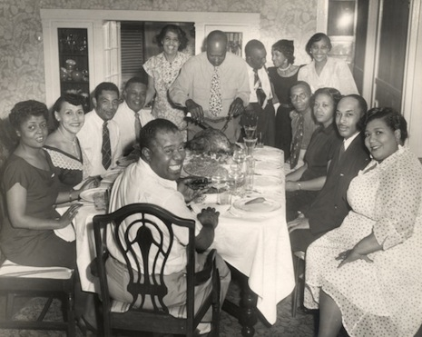 Louis Armstrong hosts a big dinner