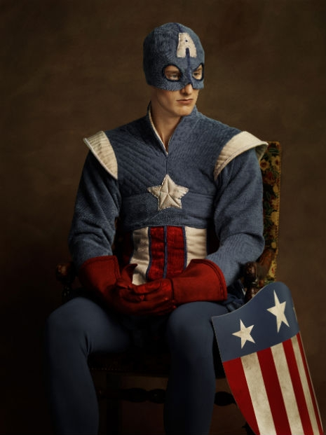 Superheroes and Supervillains Reimagined as 16th Century Aristocrats @Dangerous Minds Artes & contextos sdfsdf15 07 13 Super H%C3%A9ros Flamands  03 Captain America 0130 06 465 621 int