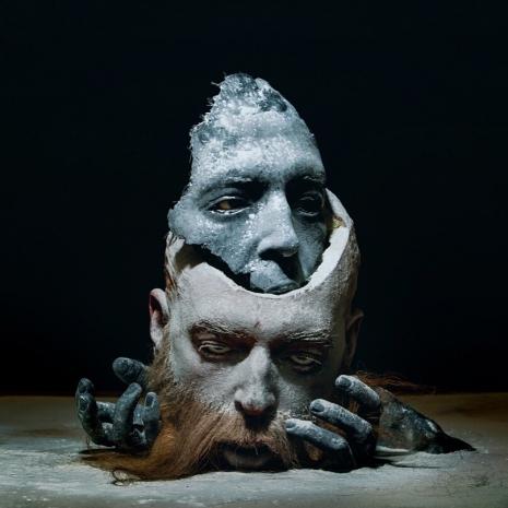 Fake human remains become horrifyingly realistic high-art - @Dangerous Minds Artes & contextos sitkinheadinheada0wueuakljalaslkaslkjasld 465 465 int