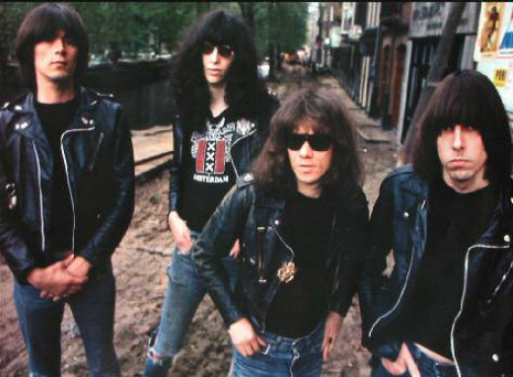 Stunning 30-minute version of The Ramones' playing 'Cretin Hop': Epic!