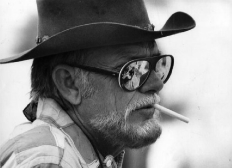 sam_peckinpah_smoking