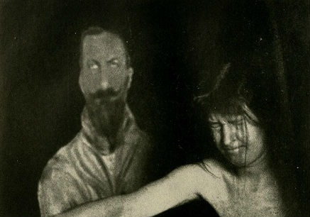 Medium Fool: Hilariously bad séance hoax from the Edwardian era