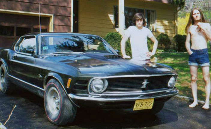 Back in the '70s: Vintage photos of people posing next to their sweet rides