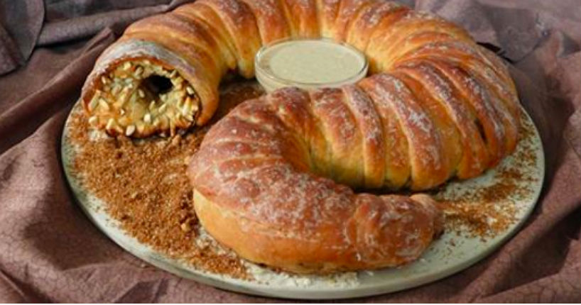 Make 'Dune' Spice-Filled Sandworm Bread for the holidays!