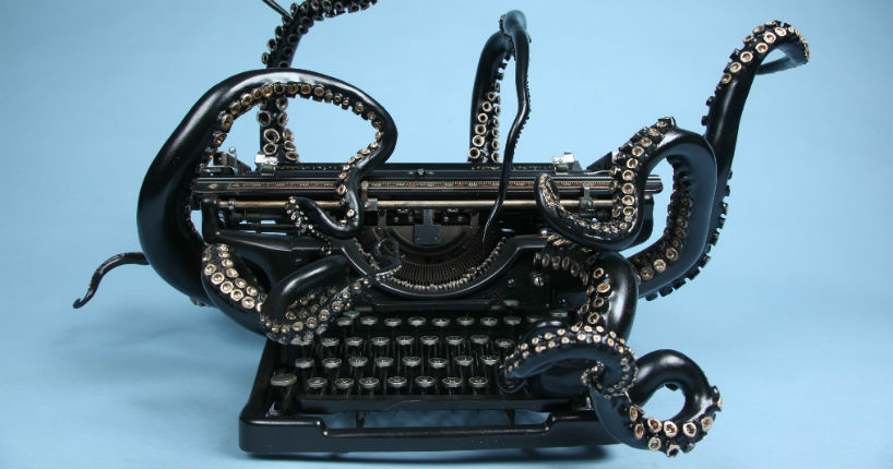 Jaw-dropping octopus typewriter