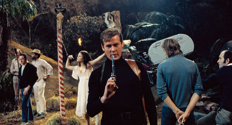 Double-O-Heaven: Behind the scenes of 25 James Bond films