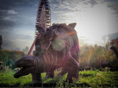 dinosaur_graveyard_01