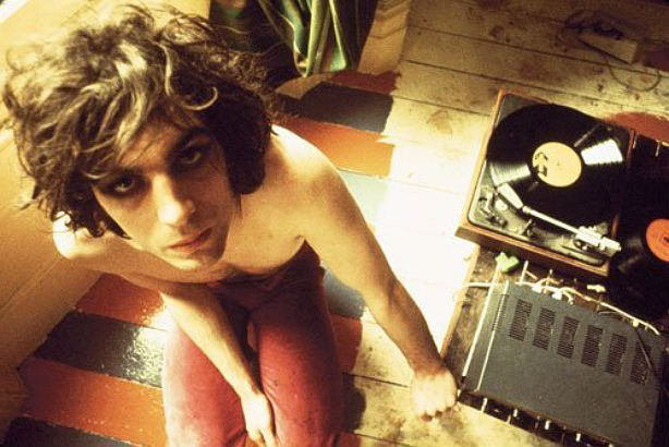 The Madcap's Last Laugh: Syd Barrett tribute concert w/ Pink Floyd, Roger Waters, Chrissie Hynde